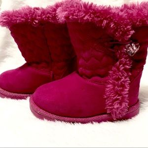 Other - Magenta quilted heart boots